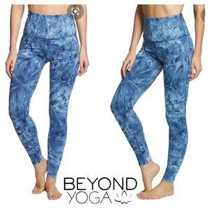 Beyond Yoga Smokeshow Leggings